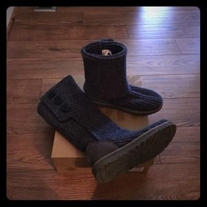 Classic Cardy Uggs Boots Sz 8