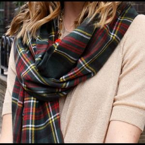 UNIQLO Accessories - Plaid blanket scarf