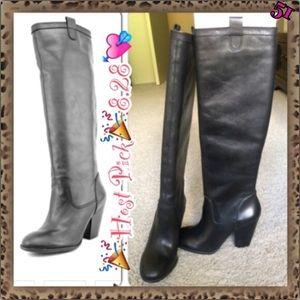 💘HP💘NEW BCBGeneration Knee High Black Boots