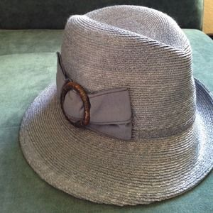 Tarnish Accessories - Hat