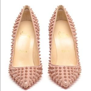 CHRISTIAN LOUBOUTIN PIGALLE SPIKE WITH CLUTCH!