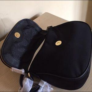 fef0d0ba24b0 Michael Kors Bags - MICHAEL KORS Bedford Nylon Flap Crossbody-NEWw TAG