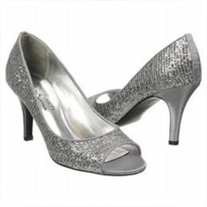 Cute sparkled heels