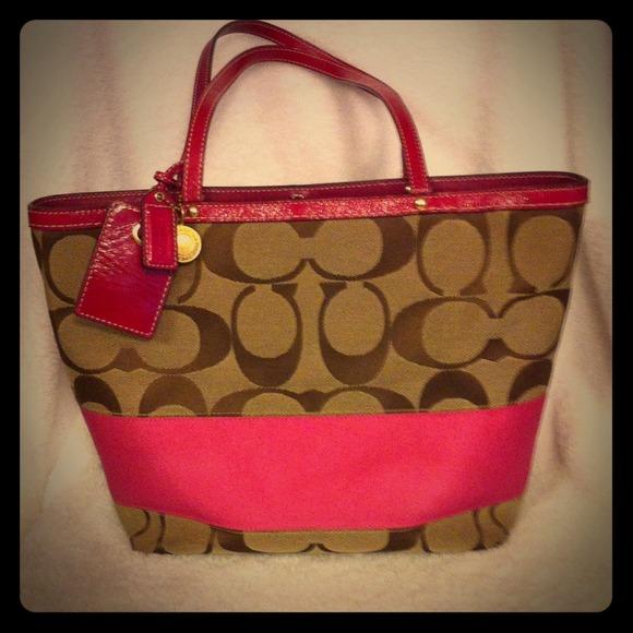 de2a57621bb8 Coach Handbags - Pink and brown Coach purse  50