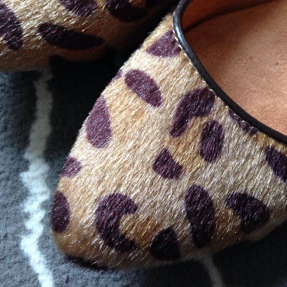 GAP Shoes - Faux fur leopard flats