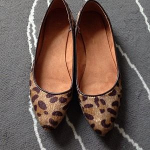 GAP Shoes - Faux fur leopard flats