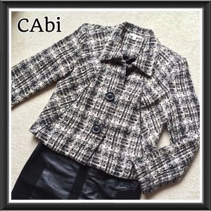 0215) CAbi waist length wool blend tweed jacket