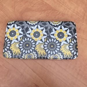 Floral pattern clutch wallet