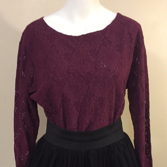 745708a3 Stephanie Andrews Tops | Sold On Vinted Vintage Maroon Lace Top ...