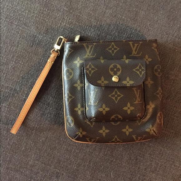 88df53b9c1e1 Louis Vuitton Handbags - AUTHENTIC Louis Vuitton Partition clutch wristlet