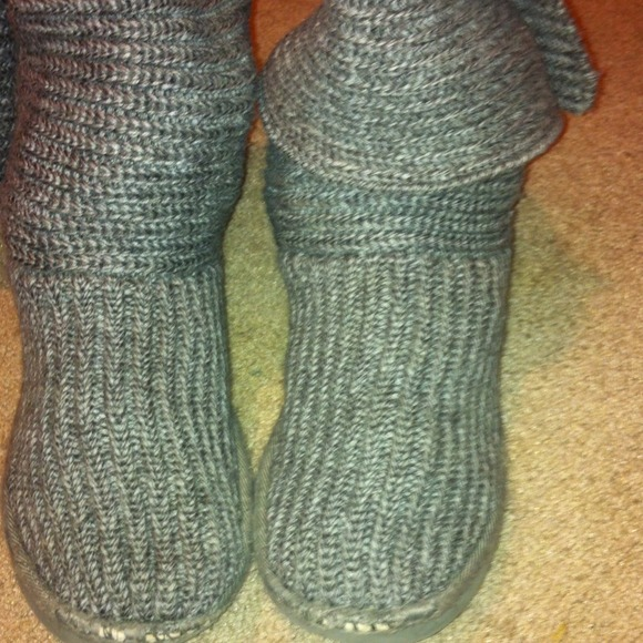 uggs gray sweater boots