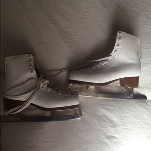 Models Boots - Ice skates