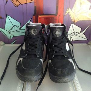 Nike Air Huarache Size 6.5