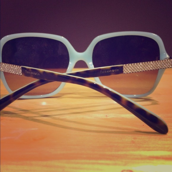 3a6052a4a61a Tiffany   Co. Teal Sunglasses With Bling. M 54d027be9c6fcf669e02cc5d. Other  Accessories ...
