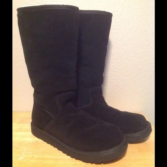 6512c0aff143 Ugg Sumner Boots Size 6