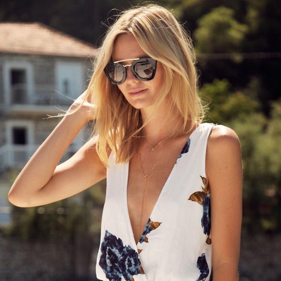 8e6646d3138 Prada PR 09QS Sunglasses in WHITE not black