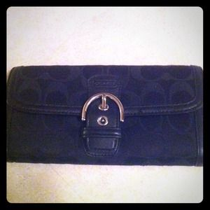 Coach 50149 Campbell Signature Buckle Slim Wallet