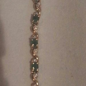 Jewelry - Emerald and diamond bracelet