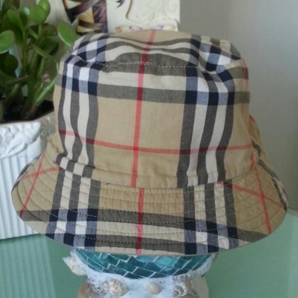 Burberry Accessories - 10 % Discount Burberry London Hat Bucket 135f3c7060b
