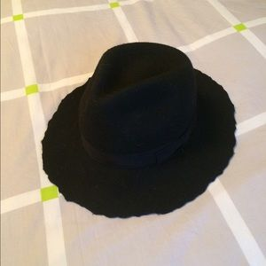 Black Zara Felt Hat