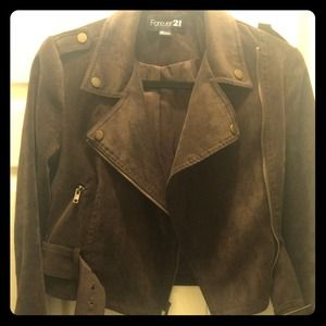 Brown jacket with side zipper