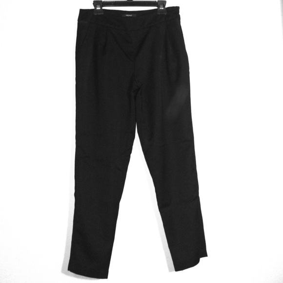 Forever 21 Pants - High waisted dressy capri pants