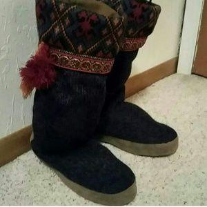 Boho style moccasins