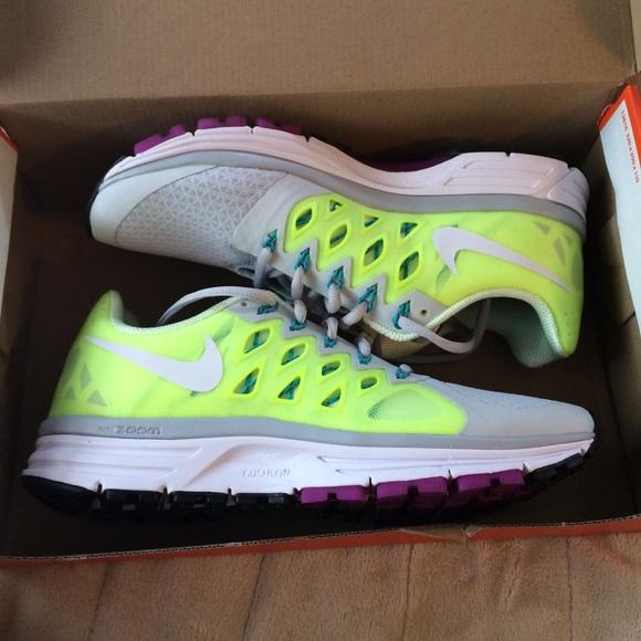 Nike Zoom Vomero 9, Women's size 8