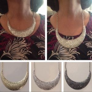 Jewelry - Hammered Metal Bib Necklace