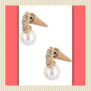 Jewelry - 🎄New Gorgeous Pearl Pave Drop Cone Stud Earrings.
