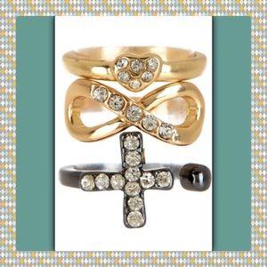 Jewelry - 🎄NWT Hem Cross & Heart Midi Ring Set.
