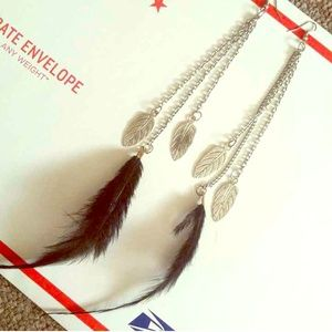 Feather leaf chain earrings