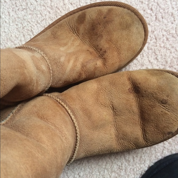 how to get oil out of suede ugg boots