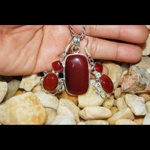 handmade & handcrafted gemstone jewelry