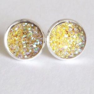 thejeweladdict Jewelry - 3 for 15🎀yellow flat Drusy style silver earrings