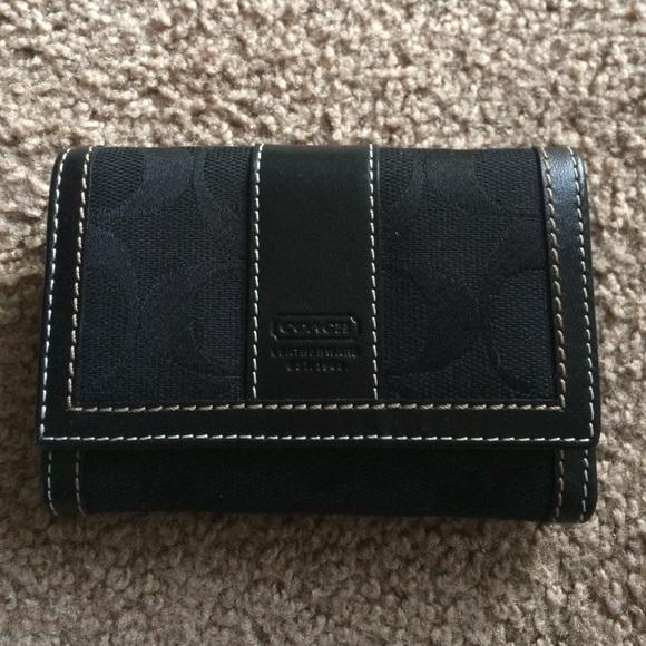 Coach Clutches   Wallets - Small Black Tri-Fold Coach Wallet f1a53d2e3