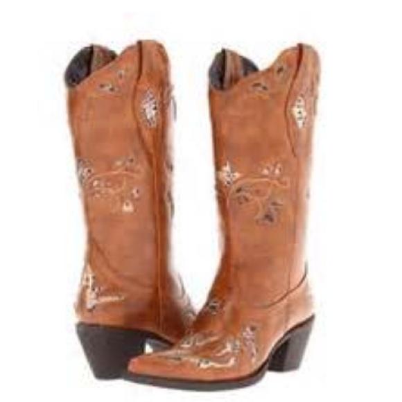 62 off roper boots sold roper rockstar cowboy boots from brooke 39 s closet on poshmark. Black Bedroom Furniture Sets. Home Design Ideas