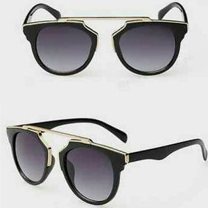 Stylish Black &Gold Sunglasses