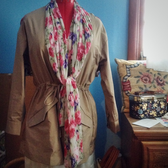 ModCloth Jackets & Coats - Modcloth Floral and Khaki Spring Jacket NEW