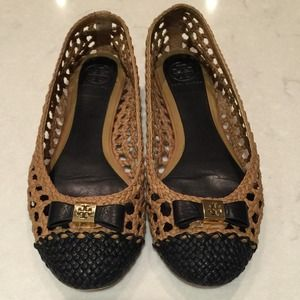 Tory Burch Carlyle Brown and Black Bow tie Flats 8
