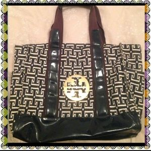 Authentic Tory burch shoulder bag