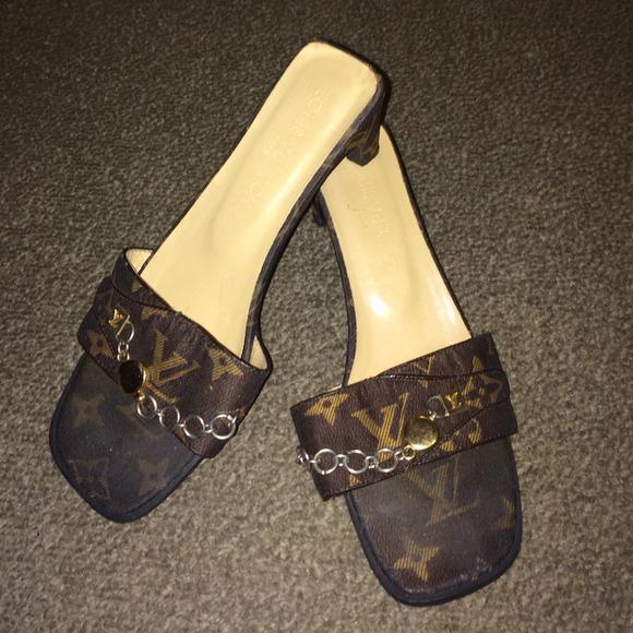 ebfbc6bba53b36 Louis Vuitton Shoes - Louis Vuitton monogram sandals