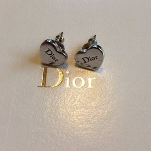 Classic Dior Heart Stud Earrings