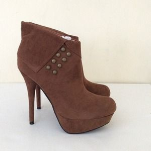 C Label Booties boots brown 8.5