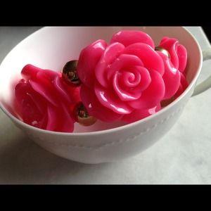 Lil & Lo Jewelry - Vintage inspired Hot Pink Rose bracelet