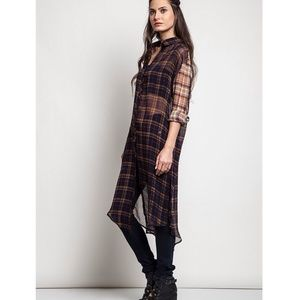 "Bare Anthology Tops - ""Plaid Back Look"" Long Tunic Duster Top"