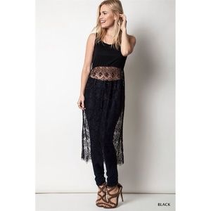 """Morgana"" Long Top With A Lace Skirt"