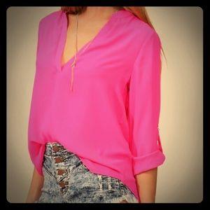 Tops - Fuchsia blouse