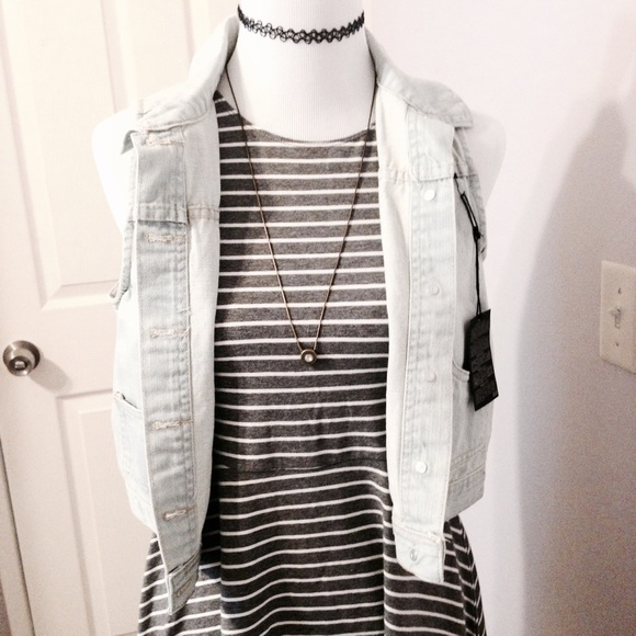 0d9ad4bbe7 Forever 21 Denim Vest + Skater Dress