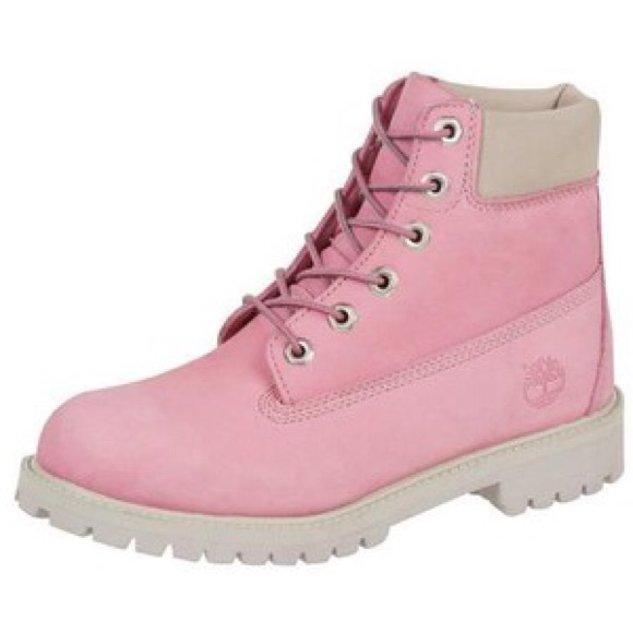 Baby pink timberlands with 6 eyelets. New. M 54d4621e9818290d16005ab7.  Other Shoes you may like. Timberland snow boots 3411000589